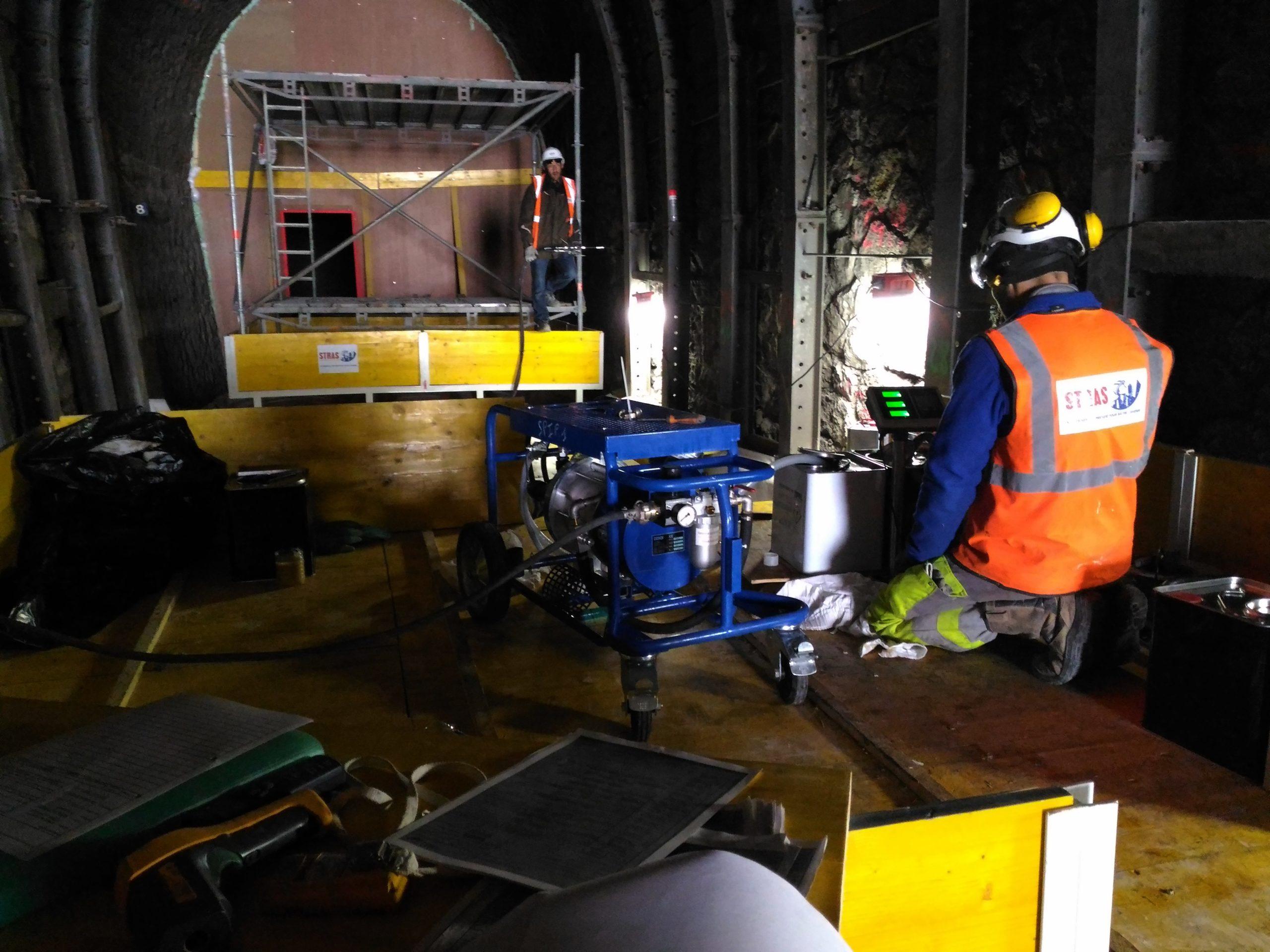 Injection de résine de collage type urée silicate dans un tunnel ferroviaire